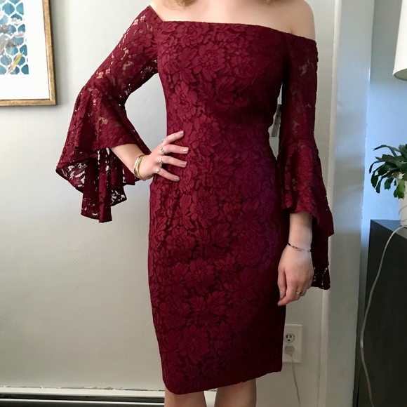 Chelsea28 Off Shoulder Long Sleeve Lace Dress Nwt